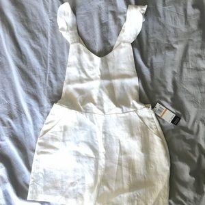 Dolce Vita white linen shorts romper sz Small NWT